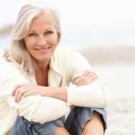 Lý do phụ nữ trung niên dễ mất ngủ